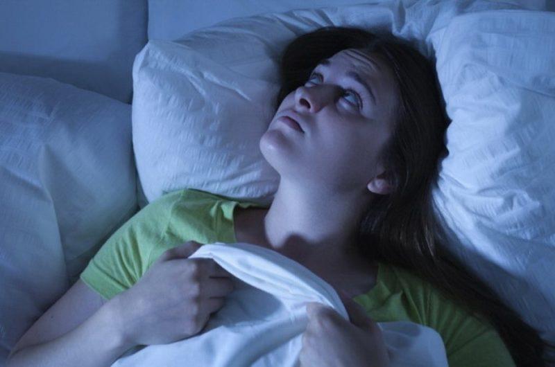 Как лечить бессонницу в домашних условиях?